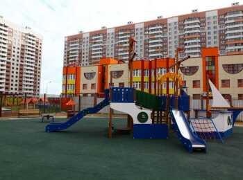 Детская площадка на территории ДОУ
